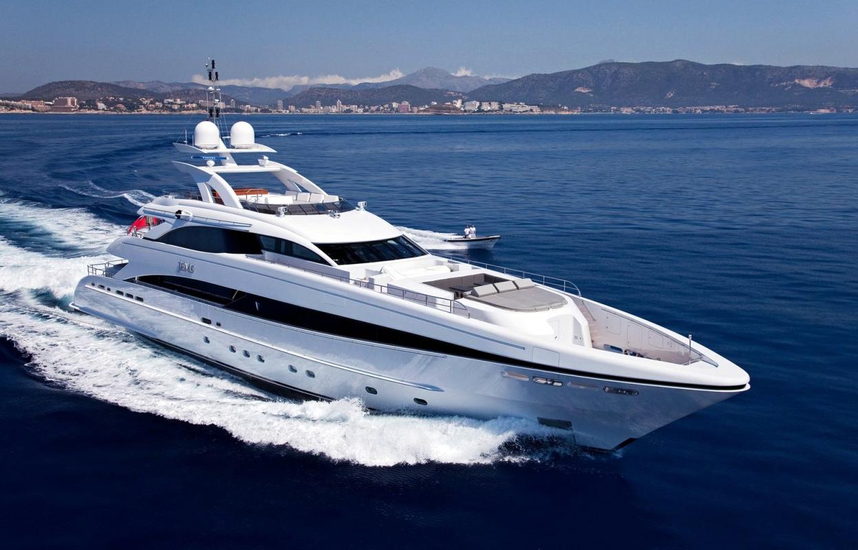 Motor Yacht For Sale Dubai master1